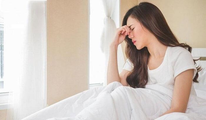 Bị bóng đè thường xuyên gây rối loạn giấc ngủ