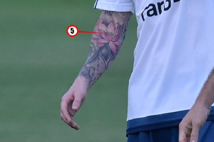 Hình xăm hoa sen của Messi