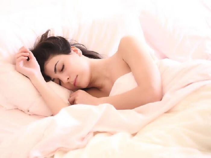 Cải thiện không gian và mắc quần áo thoải mái khi ngủ