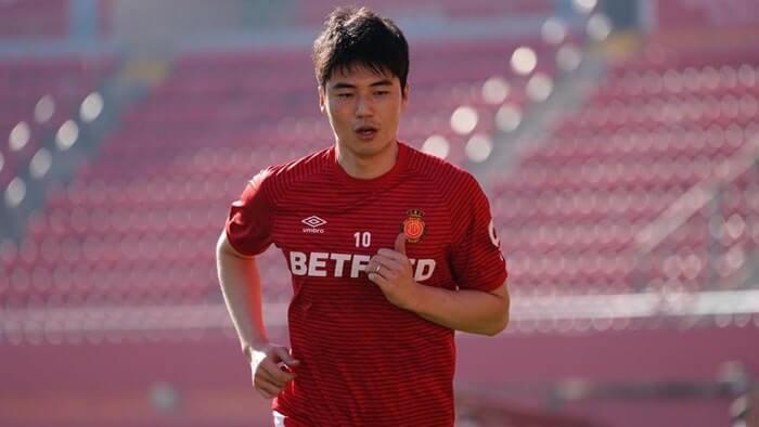 Cầu thủ Ki Sung-Yueng